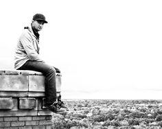 Photographer Dennis Maitland at his vertigo-inducing 'studio'. (Photos by Dennis Maitland/Caters News)
