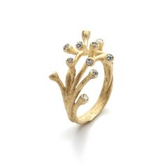 18 carat yellow gold Branch Ring with 12 brilliant cut diamonds, a total of 0.5 carat G vs2. The ring has a matt finish. The different angles of the diamonds makes them catch the light and turns this one into a real sparkler. It is a very wearable piece and a great ring for yourself, as a gift or as an engagement ring. The ring measures 22 x 24mm and sits comfortably on the hand. Please note that all pieces of jewellery are unique and handmade and all the materials n...