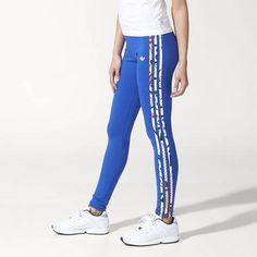 #Leggings de corte ajustado e inspirado en los outfits de las superheroínas de los comics. Colaboración de #adidas Women con la cantante Rita Ora. #Fitness #Gym