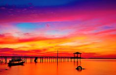 This just reminds me of the OBX. We would see the most amazing sunsets from Barrier Island :) Good times!