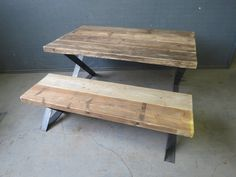 Reclaimed Industrial Chic Z End 6-8 Seater Solid von RccFurniture