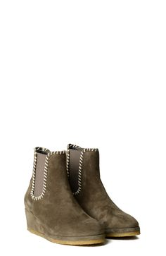 LODEN COLOUR SUEDE ANKLE BOOTS WITH WEDGE INSIDE