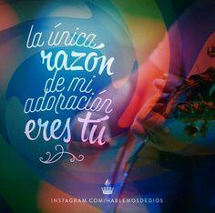 Salmos 136:2 Alabad al Dios de los dioses, Porque para siempre es su misericordia. Apocalipsis 5:12 ...El Cordero que fue inmolado es digno de tomar el poder, las riquezas, la sabiduría, la fortaleza, la honra, la gloria y la alabanza. Apocalipsis 4:11 Señor, digno eres de recibir la gloria y la honra y el poder; porque tú creaste todas las cosas, y por tu voluntad existen y fueron creadas.♔