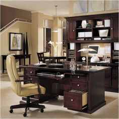 pictures of professional female executives | Executive Desk Black Home Office Furniture Sets