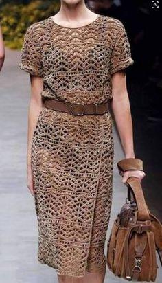 Модное вязаное платье крючком схема вязания платья с описанием. Вязание платья крючком схема. Платье с подиума схема. Связать платье