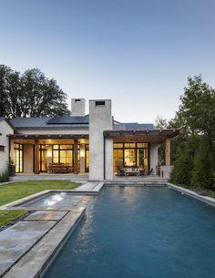 SHM Architects | Strait Ln | Back Exterior