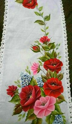 Sandes Ribbon Embroidery, Embroidery Patterns, Machine Embroidery, Tole Painting, Fabric Painting, Bed Sheet Painting Design, Pinterest Pinturas, Fabric Paint Designs, Ribbon Work