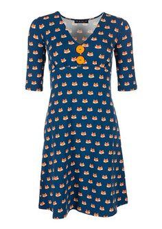 Køb Mania rævekjolen CARLA online i dag Syg, Sew Dress, Jersey Dresses, How To Look Pretty, Frocks, Shirt Designs, Polka Dots, Short Sleeve Dresses, My Style