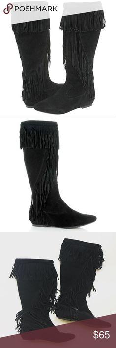 Sam Edelman Utah fringe Suede boots in black Super cute pair of Sam Edelman Utah fringe boots in black suede. In excellent excellent pre-worn condition. No trades! Sam Edelman Shoes Winter & Rain Boots