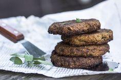 Härkäpapupihvit by MieliRuoka Vegetarian, Cookies, Chocolate, Baking, Vegetables, Eat, Desserts, Recipes, Food