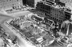 Largo di Torre Argentina (Anni '30) Old Pictures, Old Photos, Bed And Breakfast, Rome, City Photo, History, Outdoor, Antique, Retro