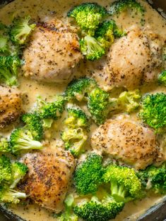 Creamy Chicken Broccoli Skillet - non dairy meals - Chicken Recipes Skillet Chicken, Skillet Meals, Skillet Cooking, Creamy Garlic Chicken, Broccoli Chicken, Chicken Broccoli Casserole Healthy, Quinoa Broccoli, Keto Chicken, Chicken Soup