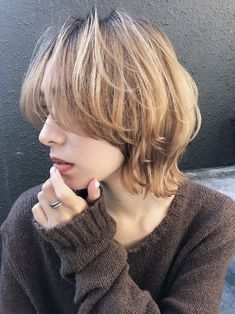 51 Best Bob Haircuts and Hairstyles for 2019 - Hairstyles Trends Medium Short Hair, Short Hair Cuts, Shot Hair Styles, Curly Hair Styles, Short Grunge Hair, Short Punk Hair, Androgynous Haircut, Wedge Haircut, Stacked Bob Hairstyles