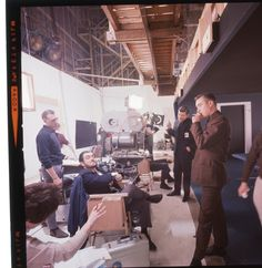 Behind the scenes of 2001: A Scape Odyssey Sf Movies, Sci Fi Movies, Scene Image, Scene Photo, Stanley Kubrick Quotes, 2001 A Space Odyssey, Love Film, Classic Films, Movies