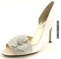Fantastic - Possible Shoes for Kate Middleton | CHECK OUT MORE GREAT WHITE WEDDING IDEAS AT WEDDINGPINS.NET | #weddings #whitewedding #white #thecolorwhite #events #forweddings #ilovewhite #bright #pure #love #romance