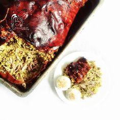 Poesía Culinaria . Sabores de Nati: Lechona Tolimense Colombiana con sabor a Navidad Colombian Food, Ideas Para, Steak, Recipes, Pork Meat, Sweets, Deserts, Colombian Cuisine