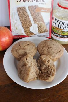 Delicious and easy three-ingredient apple spice muffins. A quick and simple recipe for when you want some apple pie taste with a fraction of the work! Quick Easy Desserts, Ww Desserts, Dessert Recipes, Breakfast Recipes, Ww Recipes, Apple Recipes, Sweet Recipes, Eggless Recipes, Muffin Recipes