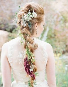 Irish wedding tradition: The brides typically wore beautiful wildflower wreaths in their hair and maybe even in their bouquet, and they braided their hair to symbolize feminine power and luck.