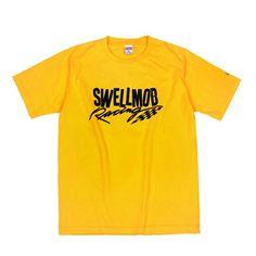 스웰맙 [SWELLMOB] Swellmob racing s/s t-shirts -yellow-  시그니쳐 자수 로고가 들어간 키치한 감성의 반팔 티셔츠