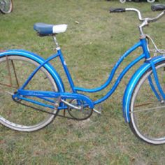 this is it! my favorite bike, evah! 1963 blue schwinn. so smooth that i rode with no hands most of the time