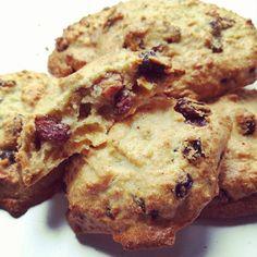 Heerlijk voor bij een high tea of een uitgebreid ontbijt, deze glutenvrije scones! Bij de koffie 's avonds, als tussendoortje, verassing in de lunchtrommel.