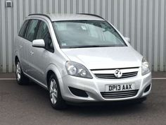 Used 2013 (13 reg) Silver Vauxhall Zafira 1.8i Exclusiv 5dr for sale on RAC Cars