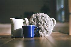 Toasty warm tea cosy pattern.