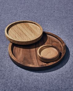 white oak + walnut plates Large Plates, White Oak, Safe Food, Wood, Woodwind Instrument, Timber Wood, Trees