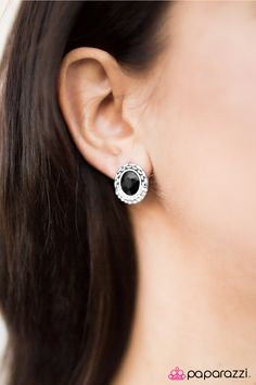 Paparazzi Accessories-   Everything is $5!  All jewelry is nickel and lead free. New inventory added daily. If you see a piece that you love buy it because it might not be there again. Find this and other jewels at https://paparazziaccessories.com/84702/ Go Go GLITTER - Black Post