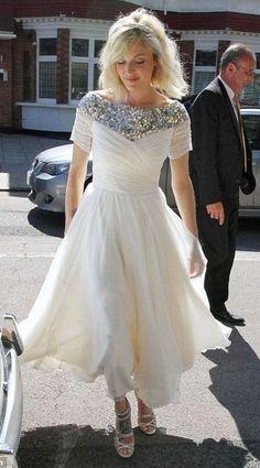 Fearne rocks the understated bride look