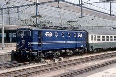 Afbeeldingsresultaat voor nederlandse spoorwegen jaren 60