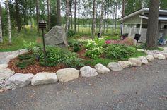Kuvia » Pihasuunnittelu ja Pihaneuvonta Outdoor Living, Garden Ideas, Yard, Exterior, Gardening, Stone, Plants, Heel, Outdoor Life