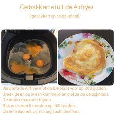 Gebakken eieren uit de Airfryer, op de bakplaat. 5 minuten, 180 graden.  AK