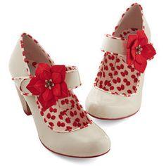 ModCloth Vintage Inspired Petaled Steps Heel