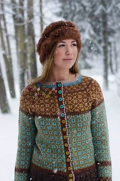 Ravelry: Wiolakofta pattern by Kristin Wiola Ødegård Sweater Knitting Patterns, Cardigan Pattern, Knit Patterns, Vintage Patterns, Jacket Pattern, Fair Isle Knitting, Hand Knitting, Punto Fair Isle, Fair Isle Pullover