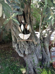 Tree/wall hanger