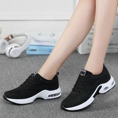 Fashion Breathable Air Mesh Lace Up Casual Shoes – TopFashionova Trendy Shoes, Casual Shoes, Women's Casual, Sneakers Fashion, Sneakers Nike, Fashion Shoes, Shoe Basket, Lightweight Running Shoes, Womens Summer Shoes