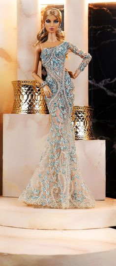 Barbie Gowns, Glam Doll, Evening Dresses, Formal Dresses, Beautiful Dolls, Amelia, Fashion Dolls, Doll Clothes, Celebrity Style