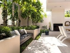 Best Totally Free small Garden Seating Concepts Outdoor spaces and patios beckon, particularly when weather gets warmer. Outdoor Areas, Outdoor Rooms, Outdoor Living, Outdoor Benches, Indoor Outdoor Kitchen, Small Outdoor Patios, Outdoor Patio Designs, Outdoor Fire, Small Courtyard Gardens