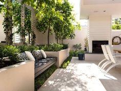 Si tienes unos días libres en tu trabajo, decídete y construye esa jardinera que te hará feliz llenándolas de plantas y flores. En una terraza o en el