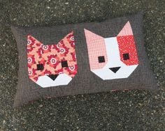 Cat Friends pillow designed by Elizabeth Hartman. Features Rhoda Ruth by Elizabeth Hartman and Kona Cotton and Essex Yarn Dyed.