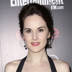 Ease into Spring with Michelle Dockery's Soft and Pretty Beauty ...