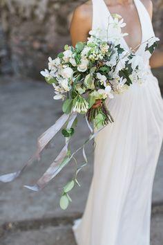 Carlie Statsky Photography - Kunde Estate Winery wedding - Studio Choo bouquet - planning & design by Esla Events