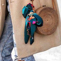 Le foulard pour une coiffure et un look festival – Le Charme Electro