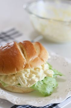 Classic Egg Salad Classic Egg Salad Recipe, Best Egg Salad Recipe, Salad Recipes, Crockpot Recipes, Cooking Recipes, Easy Family Dinners, How To Cook Eggs, Quick Meals, Good Food
