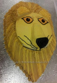 Coolest Leo the Lion Birthday Cake... This website is the Pinterest of birthday cake ideas