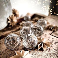 """Dani on Instagram: """"[CHRISTBAUMSCHMUCK] Ich bin ja nicht so die Glitzerelse...aber es gibt einen Moment, an dem ich tatsächlich ein wenig Glitzer akzeptiere…"""" Dani, Christen, Wedding Rings, Engagement Rings, Instagram, Jewelry, Christmas Tree Decorations, Enagement Rings, Jewlery"""