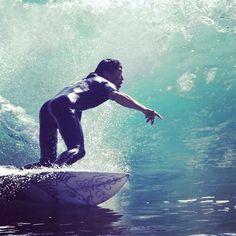 和乃風屋サーフボードチラリズムへのこだわり www.wanokazeya.jp  #沖縄 #サーフィン #サーファー #和柄 #日本 #波乗リ #ボトム #波 #コダワリ #オリジナル #デザイン #オキナワ ##okinawa #surfing #surfboard #bottom #チラリズム #カットバック #instagramers #シーナサーフ #サーフボード