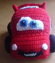 Lightning McQueen free pattern download here: http://www.ravelry.com/patterns/library/flotter-flitzer#