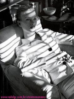 Chic Semplicita I Vogue Italia I January 1995 I Model: Kristen McMenamy I Photographer: Steven Meisel I Stylist: Joe McKenna.